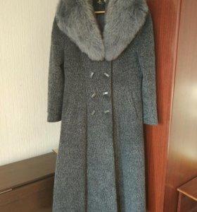 Продам демисезоное пальто