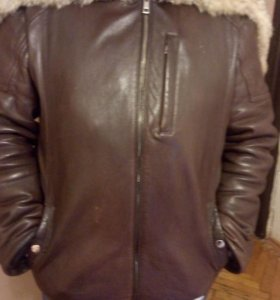 Зимняя мужская кожаная куртка.
