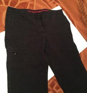 Чёрные джинсовые брюки Prada