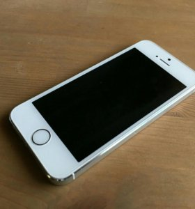 Продам IPhone 5 s сильвер