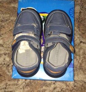 Новые туфли котофей