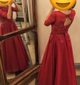 Вечернее /свадебное / платье на бал / на выпускной