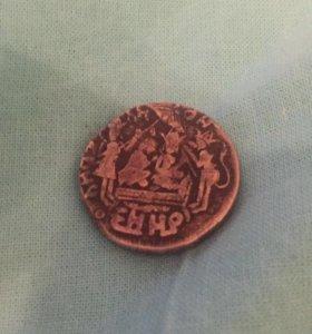Старинная серебряная монета