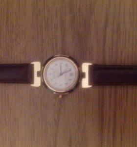 Часы чайка , женские