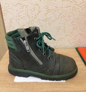 Демисезонные ботинки 31р-р