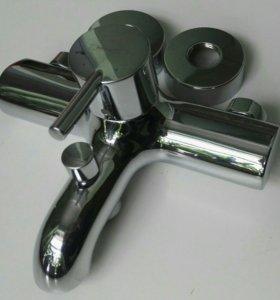 Смеситель на ванну Hansgrohe Talis S 32420000