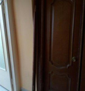 Дверь с коробкой за штуку