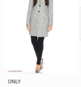 Пальто фирмы ONLY на весну
