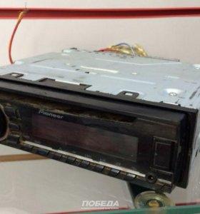 Автомагнитола Pioneer 1700UB