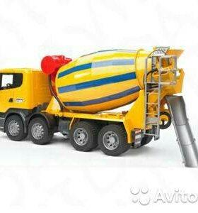 Bruder игрушка бетономешалка Scania