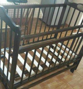 Детская кроватка+ матрас+ балдахин