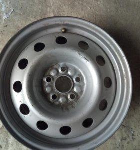 комплект дисков на Toyota Avensis