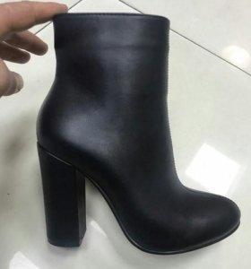 Женские ботинки. Новые.