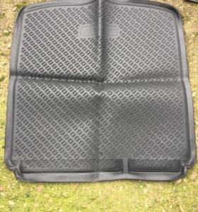 Коврик багажника на Opel Astra оригинальный