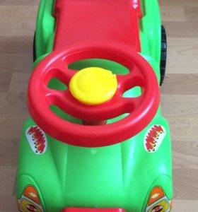 Машина/каталка. Детская каталка