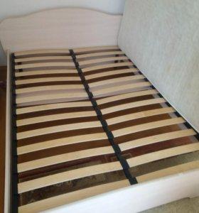 Кровать двухспальная 2 - 1,6