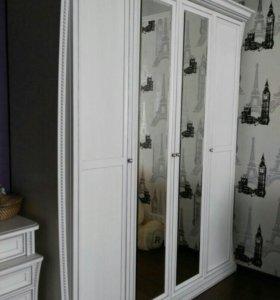 Шкаф плотяной