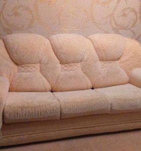 Продам диван и два кресло