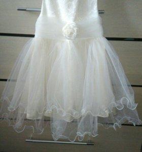 Платье в идеальном состояние