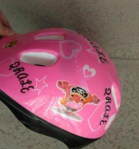 Новый детский шлем, на 5-7 лет
