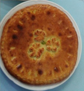Осетинский пирог с капустой, яйцом и сыром