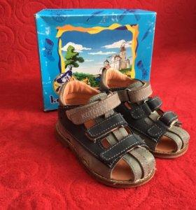 Детские сандали ясельные.НОВЫЕ