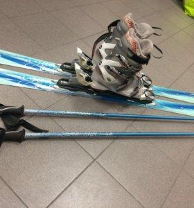 Горные лыжи, ботинки, палки и крепления