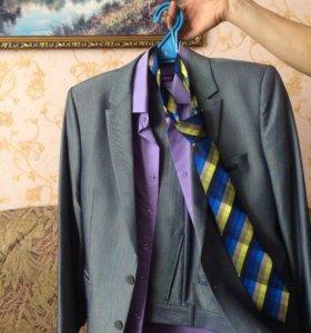 Костюм,рубашка,галстук)