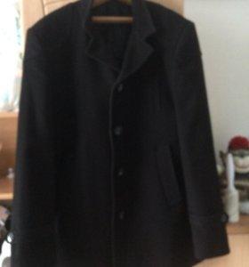 Пальто 46-48р. драповое в отличном состоянии