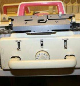 Туапсе: Вязальная машина TOYOTA KS-858/KR-506