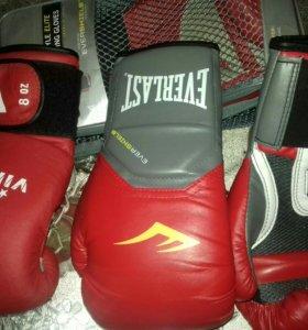 Боксерские перчатки Everlast, викинг, и кожаный шл