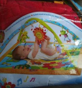 Развивающий детский коврик tiny love