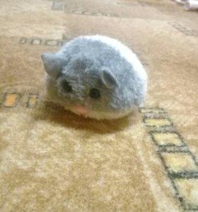 Мышка-игрушка