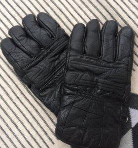 Перчатки кожаные для мужчины