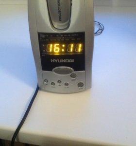 Радиочасы hyundai H-1506