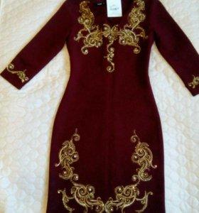 Шикарное платье 42 размера