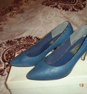 Туфли 1986 года 38 размер