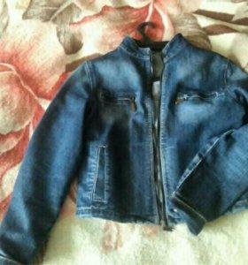 Джинсовая куртка 44-46