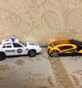 Машинки(таксист,полицейский)