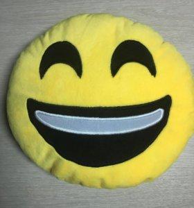 Подушка emoji новая