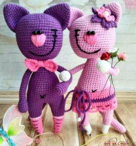 Вязаные игрушки Кот и Кошечка