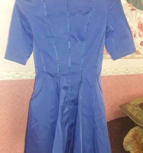Платье 42 размера)