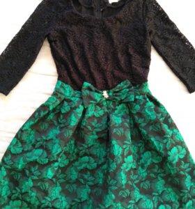 Продам платье размер 46-48