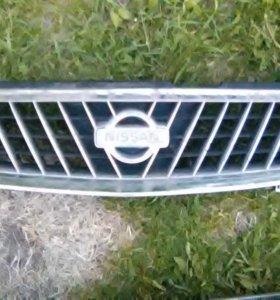 Решетка радиатора Nissan Sunny