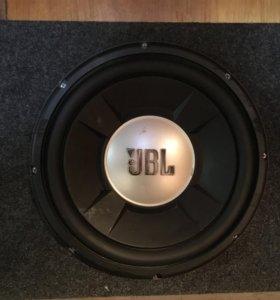 JBL сабвуфер