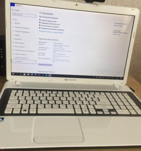 Ноутбук Packard Bell Easy Note LV44HC
