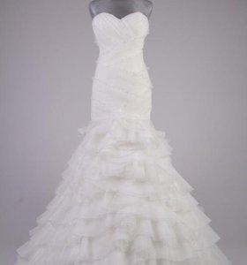 Платье свадебное. новое!