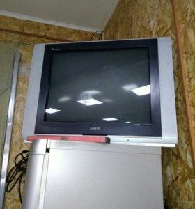 Телевизор ROLSEN С ДВД ПЛЕЕРОМ