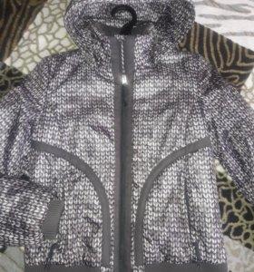 Куртка женская. Новая.