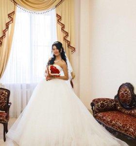 Продам дизайнерское свадебное платье Oksana Mukha